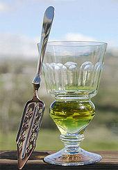 170px-absinthe-glass