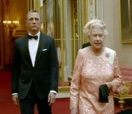Queen-with-daniel-craig-in-james-bond-spoof-shown-during-the-london-2012-opening-ceremony-245353966