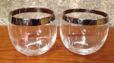 b31d6f0e92e3 Vintage drinking glasses | FutureWorld
