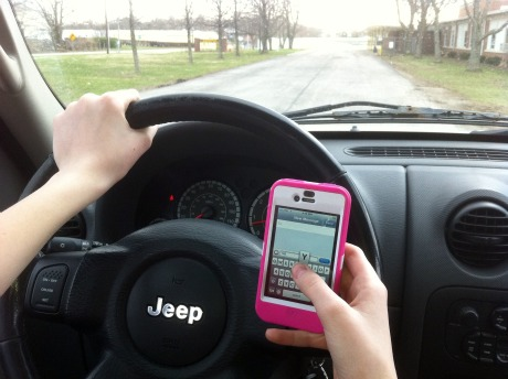 texting while diriving